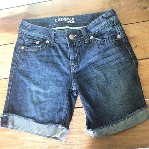 Express long shorts medium washed Sz 0